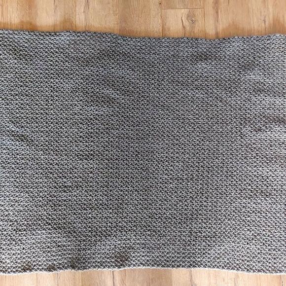 Mini bean lap blanket